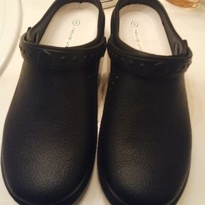 Shoes - Women's fashion clog